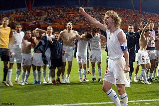 2004年欧洲杯:捷克3-2荷兰