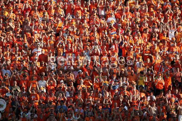 荷兰球迷欢庆
