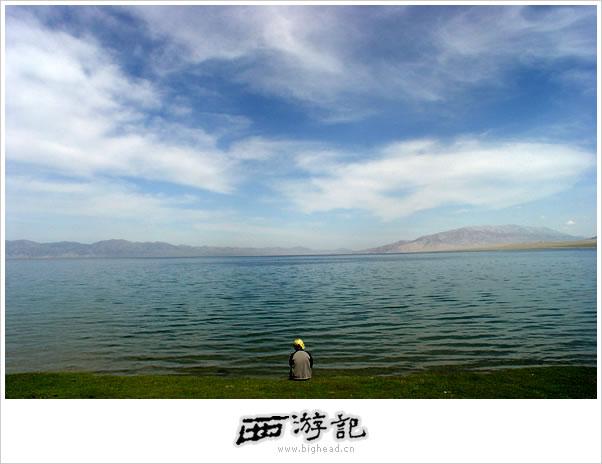 塞里木湖的照片